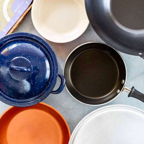many types of cookware