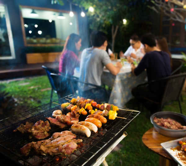 charcoal grill bbq party