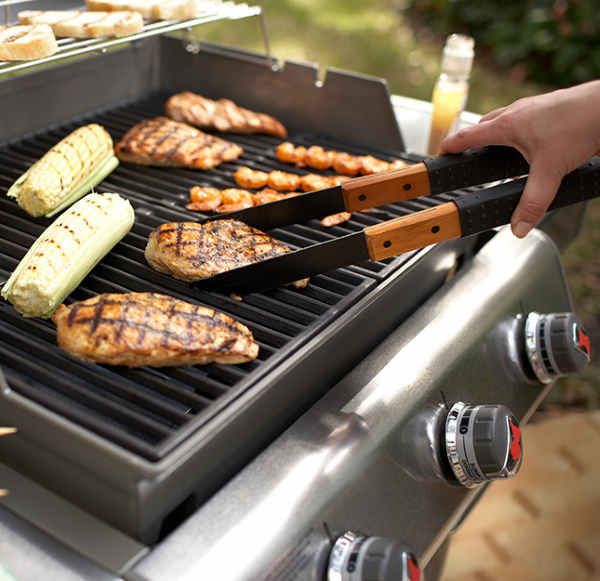 cooking on gas grill