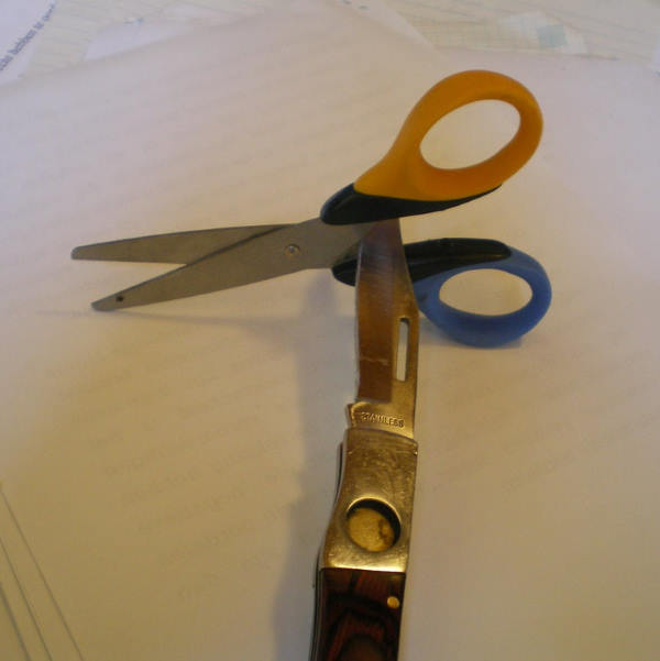 sharpening knife with scissors