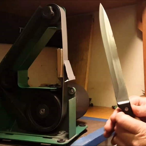 sharpening knife with belt sander
